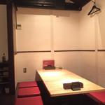 ワイン食堂TreTre - 2階は3テーブル有り(4人,6人,6人)