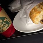スターバックス・コーヒー - ホリデーチキンとドリップコーヒーTall