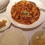 楓林 - 麻婆豆腐ランチ 茶碗蒸しとスープ付き 1000円