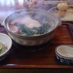 かま福 - 地鶏入り鍋焼うどん