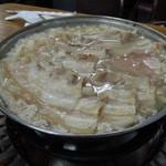長白小館 - 豚肉火鍋