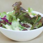 アッチャカーナ - 自家製ドレッシングのサラダ