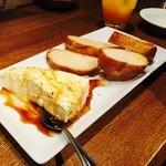 暴飲暴食 東遊 - 名物「チーズ豆腐」