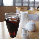 喫茶フルール - コーヒー・紅茶(ホット・アイス)が選べました、アイスコーヒーをいただきました