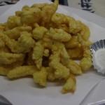 あたか飯店 - 料理写真:小エビのさくさく天ぷら・・1050