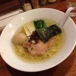 イツワ製麺所食堂 - 塩ラーメン(細麺・200g)750円+味玉100円