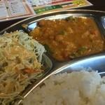 34056531 - ○サラダ様○本日の野菜カレー様スパイス感は少な目でかなり優しめな味わいです。