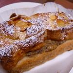 詩とパンと珈琲 モンクール - バナナのフレンチトースト ¥200