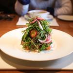 ラ・ヴェーナ・デル・レンニョ - 軽く炙った天然ブリのサラダ仕立てトマトと粒マスタードのケッカソース☆