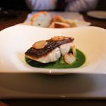 ラ・ヴェーナ・デル・レンニョ - 本日の天然鮮魚のポワレ 白菜のブレゼと春菊のソース☆