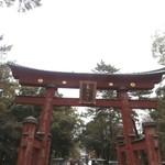 敦賀昆布館 - 気比神宮の大鳥居