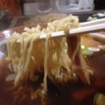 ひのき - 縮れ麺