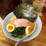 34066982 - 海苔たまごラーメン(¥900)。コリコリシコシコ、海苔の食感が良い!