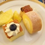 スイスホテル南海大阪 - ケーキも♪