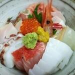 新造屋 - 海鮮丼