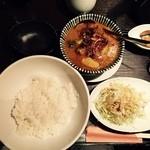 34075617 - 生姜カレー サラダ付き 1000円