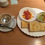 ケーブランチ - (ドリンクと料理)モーニング¥450