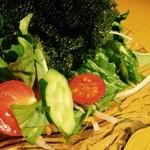 島唄楽園 - 海ぶどうサラダ