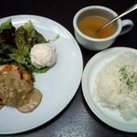 グリーンハウスシルバ - 本日のプレートランチ880円♪パンorライス、スープ、サラダ付♪ライスのみおかわり出来ます♪