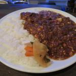 ワンダカレー店 - 牛すじカレーに豆腐をいれてもらいました。