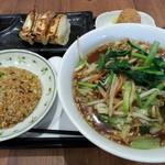 樓外樓 - 料理写真:生馬麺(サンマーメン)+餃子3個・半炒飯セット