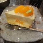34088659 - 日替りケーキセットのケーキ