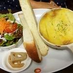 バイゲツカフェ - マッシュ掛け豆と肉煮込み