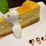 バイゲツカフェ - 自家製チーズケーキのハーフ