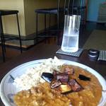 弁天カフェ - ナスとひき肉