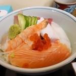 匠 - 海鮮丼(味噌汁つき):850円