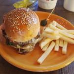 マンチーズ - ベーコンチーズバーガー 1100円