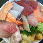 しれとこ食堂 - 海鮮丼