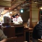 石臼挽き手打 蕎楽亭 - 店内は5時から満席