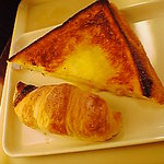 サンマルクカフェ - いちごチョコクロとフレンチトースト