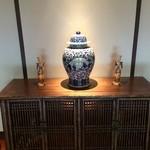 34100303 - 【2014年07月】店内の装飾品も豪華で、シックでイイ感じ。