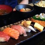 蛇の目鮨 - ランチ:寿司定食\650yen