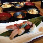 蛇の目鮨 - ランチ:上寿司定食\1200yen