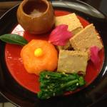 34104073 - 27年1月再訪  鮪の松風、鯛の酒盗和え、サーモンのお寿司
