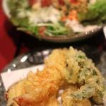 和菜遊彩 叶 - 天麩羅、シーザーサラダ