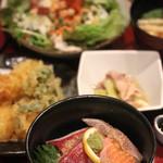 和菜遊彩 叶 - ミニ海鮮セット(シーザーサラダ、天麩羅)