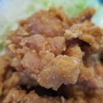 彦兵衛 - 地鶏の唐揚げドアップ