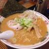 山神食堂 - 料理写真:辛味噌ラーメン