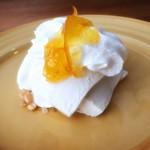 路の上のカフェ日日 - 島豆腐のレアチーズケーキ