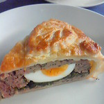Cafe DEN - 2009/11/3 挽肉のパイ、ピクニックパイ。もう一度食べたくて何度も訪問したけどこの日以外食べられた日はありませんでした。奇跡が起きなければ食べられない幻のメニュー。