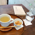 3412972 - 柚子茶(お菓子付)