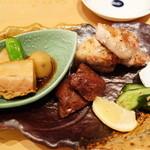 34130148 - ハラミ塩焼/豚バラ胡椒焼/角煮