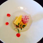 ラ・クロチェッタ - デザート  紅茶とバニラのムースとキャラメルアイス