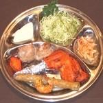 Aladdin Restaurant Indian&Pakistan - アラジンタンドリーセット「ランチ」