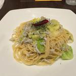 PIZZERIA&DINING PICO - しらすとキャベツのペペロンチーノ