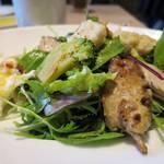 34138455 - Grilled Chicken Salad